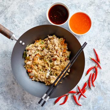 delicious-fried-rice-with-chicken-in-wok-CQFVREH