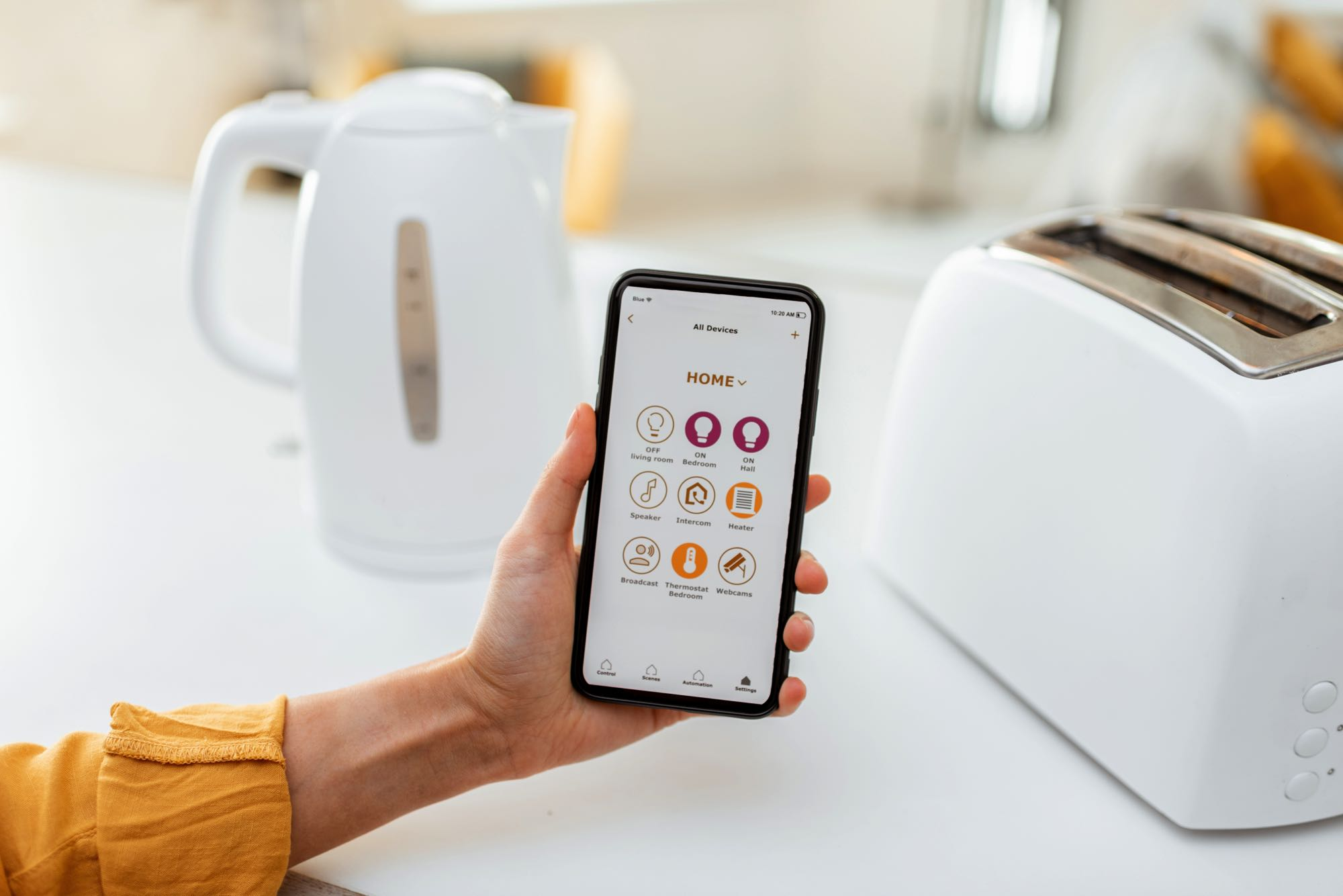 controlling-smart-kitchen-appliance-with-mobile-ap-KMFVNFH